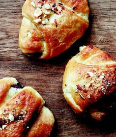 (Recipe in Danish) Baking Recipes, Cake Recipes, Dessert Recipes, Pastries Recipes, Danish Food, Danish Bakery, Danish Pastries, Food Crush, Sweet Bread