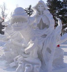 Impresionantes Esculturas De Invierno | Arte Helsinki, Snow Sculptures, Rail Car, Harbin, Snow And Ice, Winter Scenes, Mount Rushmore, Death, Bird