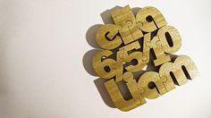 Letras de madera.