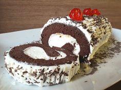 Κορμός με σοκολατένιο παντεσπάνι | Foodouki - YouTube Cookbook Recipes, Cooking Recipes, Christmas Art, Tiramisu, Ethnic Recipes, Desserts, Sweet Ideas, Tarts, Food