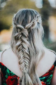 Must have hairstyles The perfect braid Homecoming hairstyles half braided hair best fishtail braids Ypsilon Dresses Best hairstyles