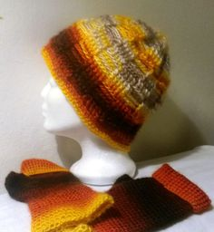 I like so much Knitted Hats, Beanie, Knitting, Fashion, Cast On Knitting, Knit Hats, Moda, Tricot, Fashion Styles