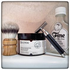 """January 12th 2017 - Shave of the day #Muhle #Rocca #R96 safety razor (GER)  #Kai double edge blade (JPN)  #Bullfrog shaving cream (ITA)  #Fine #FreshVetiver #aftershave (USA)  #synthetic shaving brush by @jasper_the_cirneco (USA)  Great balanced razor with an heavy weight and a fantastic head design. @olly3gs said: """"awesome razor very precisely balanced and exactly in the middle between R89 and R41. Rocca is more aggressive than Feather AS-D2 and as precise as Feather is. Top cap is almost…"""