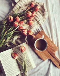 Dai a ogni giornata la possibilità di essere la più bella della tua vita. (Mark Twain)  Buongiorno e buon fine settimana!  #buongiorno #sabato #siatefelici #vita #instapicture #picoftheday  #gmcomunicationanddesign
