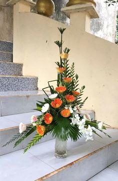 Church Flower Arrangements, Church Flowers, Floral Arrangements, Casket Flowers, Centerpieces, Table Decorations, Amazing Flowers, My Flower, Altar