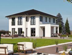 Wer träumt nicht vom eigenen Luxushaus? Der Hausentwurf Haas O 163 B von Haas Haus ist das ideale Haus für all jene, die eine mediterrane, exklusive Stadtvilla bauen wollen. Unter der für ein Toskana Haus typischen Dachform Walmdach verbirgt das Fertighaus alles, was sich eine Familie wünscht, die Wert auf eine gewisse Portion Luxus legt: Style At Home, Art Deco, Mansions, House Styles, Pictures, Amazing, Awesome, Home Decor, Blog