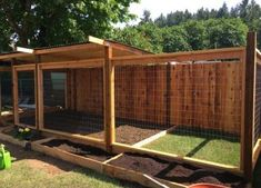 Outdoor dog kennel flooring and platforms galerie luxury dog house for outdoor room ideas Backyard Dog Area, Backyard Fences, Backyard Landscaping, Pool Fence, Outdoor Dog Area, Backyard Ideas, Garden Fencing, Pergola Ideas, Outdoor Dog Kennels