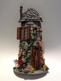 teja pequeña hadas figura ceramica,madera,textura decorado,moldeado