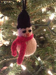 Frosty ornament