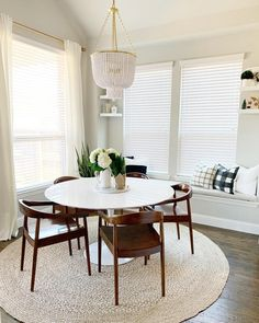 Latest formal dining room sets edmonton for 2019 Dining Room Sets, Dining Nook, Dining Room Lighting, Dining Room Design, Dining Room Table, Dining Ware, Minimalist Dining Room, Small Dining, White Round Dining Table