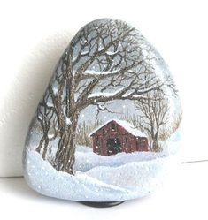 Hand-painted + rock winter + snow + scene-old + red + barn + # realism . a soft and snow-wh. Pebble Painting, Tole Painting, Pebble Art, Stone Crafts, Rock Crafts, Arts And Crafts, Art Crafts, Rock Painting Designs, Painting Patterns