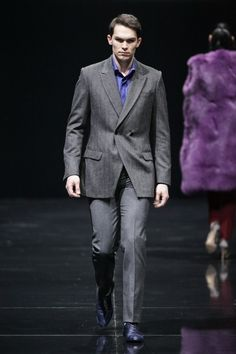 Vera Kostyurina Autumn-Winter Season 2014-2015 Menswear - http://www.stylesous.com/vera-kostyurina-autumn-winter-season-2014-2015-menswear.html