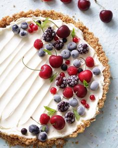 Can you tell I'm getting a little obsessed with summer fruits?! This is a vanilla mascarpone tart, with a biscuit base topped with all sorts of fruit! I'll be honest though I had a bit of a disaster - I picked it up to take a picture and the ENTIRE left side crumbled away Hence why you can't see it in the photo ha! Always good to share the secrets behind a picture