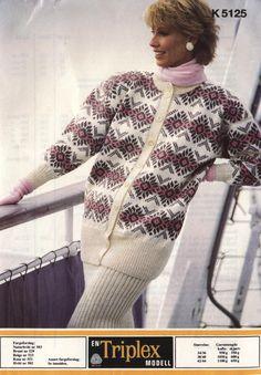Sandnes k 5125 Hand Knitting, Knitting Patterns, Norwegian Knitting, Knit Scarves, Afghans, Beautiful Hands, Shawls, Knitwear, Crochet