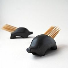 Pick-ur-Pine by Suck UK: Silicon toothpick holder with 29 toothpicks, $11.99. #Toothoick_Holder #Suck_UK #Pick_ur_pine #Porcupine