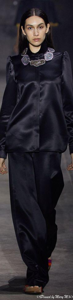 Gabriela Hearst, Goth, Spring, Style, Fashion, Gothic, Swag, Moda, Fashion Styles