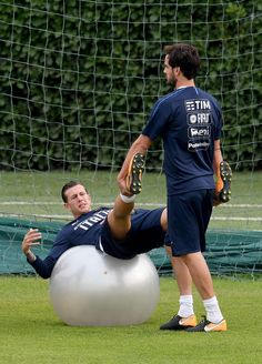 Federico Bernardeschi of Italy (L) in action during a training session at Italy club's training ground at Coverciano on October 3, 2017 in Florence, Italy.