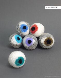 Eyeball pom poms by Mr. Printable