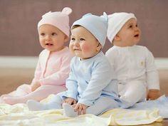 Ý hay giúp mẹ chọn quần áo cho bé trai sơ sinh