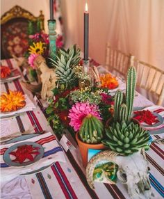 Wedding themes mexican fiesta party for 2019 Mexican Dinner Party, Mexican Fiesta Party, Mexican Night, Fiesta Theme Party, Day Of The Dead Party, Cactus Wedding, Wedding Flowers, Dinner Themes, Themed Dinner Parties