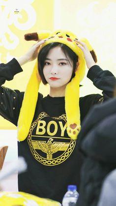 Korean Short Hair, Cute Korean Girl, Pretty Girls, Ulzzang, Korean Fashion, Short Hair Styles, Cosplay, Portrait, Disney Princess