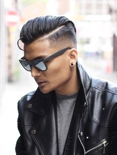 Side Swept Wet Look See the whole article at >>> http://haircutinspiration.com/undercut-hairstyle-for-men