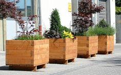 A great idea for a nice flower pots made of wood
