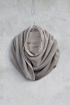 Coisa wrap, bold knit, cotton lined is gorgeous neutrals.