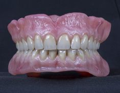 Dental Lab Technician, Dental Office Decor, Dental Life, Front Teeth, Dental Implants, Dentistry, Face And Body, Desserts, Tooth