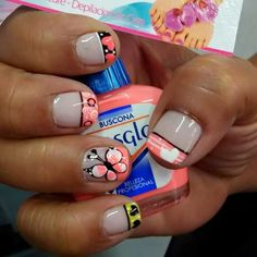 Vɨʋɨaռa Crazy Nails, Fancy Nails, Nails For Kids, Holiday Nail Art, Nail Patterns, French Tip Nails, Cute Nail Designs, Creative Nails, Manicure And Pedicure
