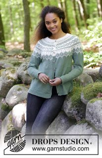 Perles du Nord Jacket / DROPS - Free knitting patterns by DROPS Design, Perles du Nord Jacket / DROPS - jacket with round yoke, multicolored Norwegian pattern and A-cut, knitted from top to bottom. Sizes S - XXXL. Fair Isle Knitting Patterns, Christmas Knitting Patterns, Sweater Knitting Patterns, Knit Patterns, Free Knitting, Drops Design, Punto Fair Isle, Magazine Drops, Jacket Pattern