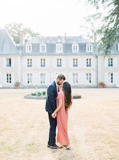 Engagement Portrait Inspiration - The First Look Weddings