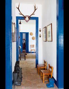 Nichée au coeur de la forêt Atlantique, près de Paraty, la fazenda Catuçaba s'amuse à bousculer son pur style XIXe. De l'artisanat traditionnel au design des frères Campana, tout est là. On y va ?...