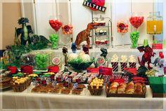 Mesa dulce de Dinosaurios | Mesas dulces. Decoración personalizada para fiestas