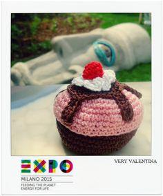 Crochet Amigurumi box Expo Milan 2015 Feeding the Planet, Cupcakes Energy for life. Uncinetto Milano 2015 Expo Universale scatola Energia per la vita, Dolce Pasticcino, Nutri il Pianeta