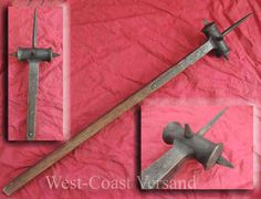 Kriegshammer Fantasy Concept Art, Weapon Concept Art, Medieval Weapons, Arm Armor, Fantasy Weapons, Knives And Swords, Medieval Fantasy, Blacksmithing, Larp