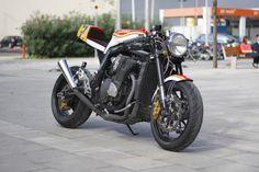 "Suzuki GSX-R ""Sheene"" by Sincriterio Works - via Racing Cafe"