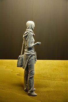 Les Sculptures sur Bois Incroyablement Réalistes de Peter Demetz
