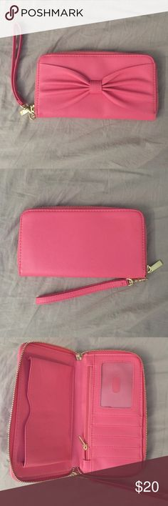 Pink/Coral Wristlet NWOT Bags Clutches & Wristlets