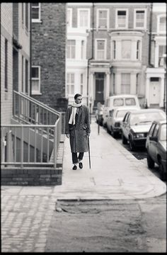 """Paul Weller (Style Council), November arriving to record the 'Band Aid' single, """"Do They Know it's Christmas"""" at SARM Studios in Notting Hill, London, photographed by Paul Rider. Classic Rock Artists, The Style Council, Paul Weller, Rock News, 70s Music, Punk Rock, The Man, Rock And Roll, Hero"""