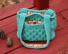 Bees Knees Bag || Free Pattern