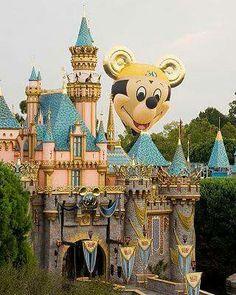 Disney Day, Disney Family, Disney Love, Disney Magic, Disney Parks, Walt Disney, Disney Stuff, Disneyland California, Vintage Disneyland