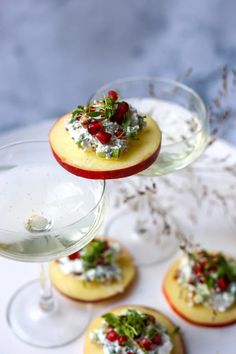 Christmas Food Treats, Holiday Snacks, Tapas, Good Food, Yummy Food, Party Finger Foods, Happy Foods, Appetisers, High Tea