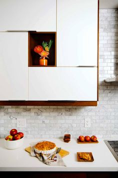 Toronto photographerStephani Buchman // love the upper cabinet design