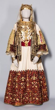 Νυφική φορεσιά με «γρίζα», χρυσοκεντημένο επενδύτη στο σχήμα του «σεγκουνιού». Μενίδι, τέλη 19ου αι. Δωρεά Αλεξάνδρας Χωρέμη-Μπενάκη Traditional Iranian Clothing, Greek Traditional Dress, Traditional Fashion, Traditional Outfits, Robes Country, Country Dresses, Gypsy Costume, Folk Costume, Historical Costume