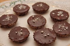 Orechové košíčky - Recept Christmas Goodies, Christmas Candy, Christmas Baking, Russian Recipes, Nutella, Sweet Recipes, Biscuits, The Best, Food And Drink