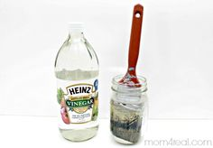 Use Vinegar and Water To Clean Paint Brushes