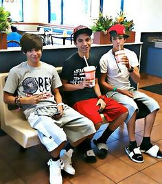 Austin mahone and friends