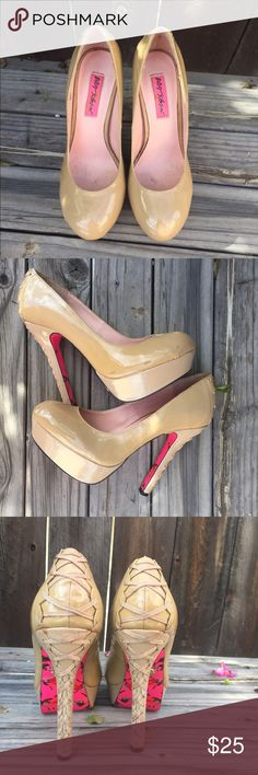 BETSEY JOHNSON nude heels with back corset SZ 7 BETSEY JOHNSON nude patent leather heels SZ 7 corset back, a few scuffs and the back corset ribbon has a few marks- please see pix- but still in good condition to wear- Betsey Johnson Shoes Heels
