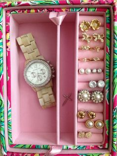 northern-proper:  Inside my Lilly Jewelry box! It's a little empty except for things I received for Christmas. The rest of my jewelry is bac...
